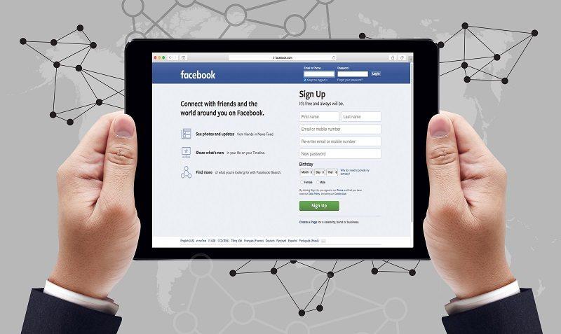 Regulators Mull Internet Ad Restrictions For 2018 Midterms