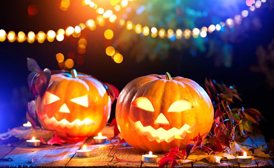 Tips to Keep Your Kids Safe This Halloween