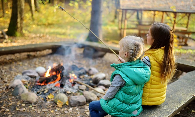 How to Keep Your Child With Food Allergies Safe At Camp
