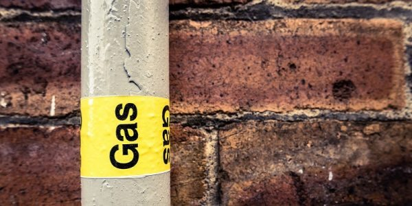 Natural Gas Leak Threatens Porter Ranch, CA