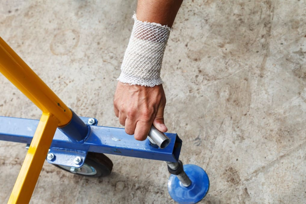 When Is an Employer Responsible for a Workplace Injury?